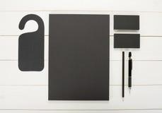经典黑公司本体模板设计 企业stati 图库摄影