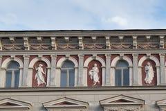 经典建筑风格大厦在布拉索夫,罗马尼亚,特兰西瓦尼亚,欧洲 免版税库存图片