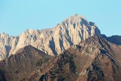 内华达山山岩石面孔 免版税图库摄影