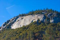 内华达山是在西部团结的Stat的山脉 免版税图库摄影