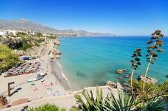 内尔哈海滩,著名旅游镇在太阳海岸, MÃ ¡ laga,西班牙 免版税库存图片