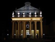 贝内文托-玛丹娜delle Grazie的教会照亮了 免版税库存图片