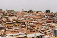 内罗毕,肯尼亚, Afrique-03/01/2018 内罗毕贫民窟的看法 免版税库存图片
