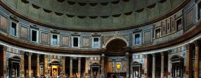 内部万神殿罗马 免版税图库摄影
