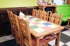 内部儿童的咖啡馆 库存照片