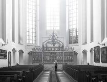 内部圣玛丽教会罗斯托克德国 库存图片
