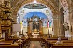 内部在一个教会里在市佩奇匈牙利, (教会St Franci 免版税库存照片