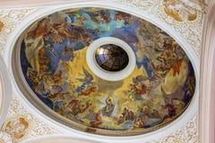 内部在一个教会里在市佩奇匈牙利, (教会St Franci 图库摄影