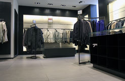 内部女装店 免版税库存图片