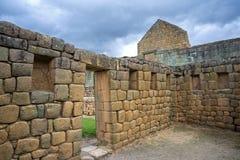 内部屋子的看法Ingapirca印加人废墟的  免版税库存图片