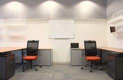 内部新的办公室 免版税图库摄影