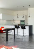 内部现代房子,厨房 库存图片