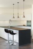 内部现代房子,厨房 免版税图库摄影