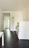 内部现代房子,空间 免版税库存图片