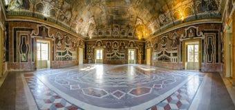 内部的全景 别墅帕拉戈尼亚在巴盖里亚,西西里岛 免版税库存图片