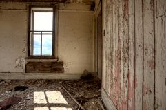 内部被放弃的房子大草原 库存照片