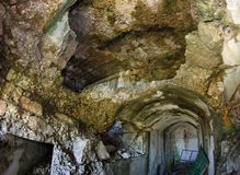 内部被毁坏第一次世界大战被放弃的索姆莫堡垒  免版税图库摄影