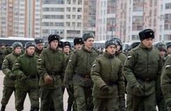 内部队伍行军的战士 游行的准备11月7日在红场 库存照片
