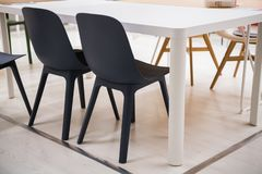 内部黑椅子的特写镜头在家 图库摄影