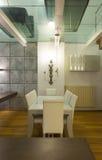 内部,宽顶楼,餐厅 免版税图库摄影