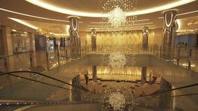 内部Jumeirah旅馆在Etihad在阿布扎比股票英尺长度录影耸立 股票录像
