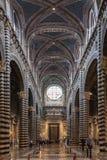 内部o锡耶纳大教堂中央寺院二锡耶纳,中世纪教会,它 免版税图库摄影