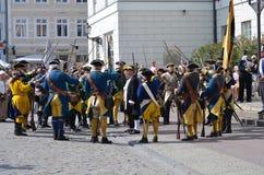 再制定:瑞典人Carolean战士从1700 免版税库存照片