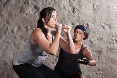 冒汗在新兵训练所样式锻炼期间 库存图片