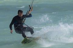 冒险体育风筝海浪自由式 图库摄影