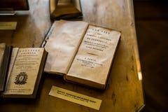 冒险旅行荷马-高尚的希腊人和罗马的平行的生活Plutarch -亚历山大・谢尔盖耶维奇・普希金纪念品Mus的内部 免版税库存图片