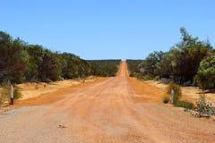冒险的荷兰轨道, 4WD在西澳州澳洲内地打开了路 免版税库存照片