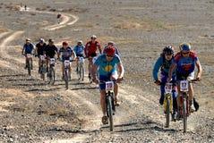 冒险自行车沙漠马拉松山 免版税库存图片