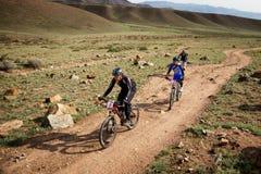 冒险登山车横越全国的竞争 图库摄影