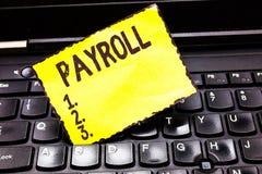 写文本工资单的词 总金额的企业概念公司支付给雇员薪俸付款 免版税图库摄影