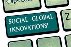 写显示社会全球性创新的笔记 遇见社会全球性需要键盘键陈列新理念的企业照片 图库摄影