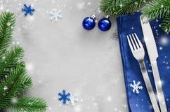 写的圣诞节菜单背景 冬天表设置 图库摄影