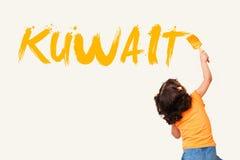写科威特的逗人喜爱的小女孩 免版税库存照片