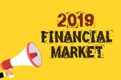 写2019金融市场的手写文本 概念意思地方换资产,债券,货币多行的文本的地方 图库摄影