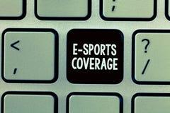 写E体育覆盖面的手写文本 概念意思报告活在最新的体育竞赛广播 图库摄影