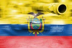 军事力量题材,与厄瓜多尔旗子的行动迷离坦克 免版税库存图片