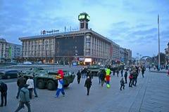 军事汽车陈列在基辅, 库存照片