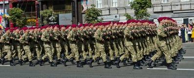 军事游行在乌克兰首都 免版税库存图片