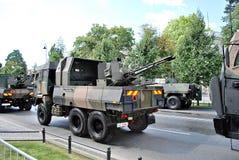 军事游行在华沙 免版税库存图片
