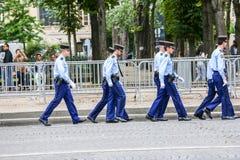 军事游行宪兵(污蔑)在法国国庆节期间,可汗仪式  库存照片