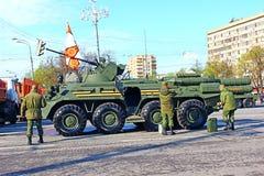 军事游行致力了在二战的胜利天在Mosc 免版税库存照片