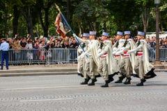 军事游行(污蔑)在法国国庆节期间,冠军Elysee大道仪式  免版税图库摄影