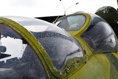 军事直升机驾驶舱 免版税库存图片
