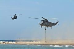 军事直升机 免版税库存照片