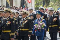 军事胜利天游行在塞瓦斯托波尔 免版税库存照片