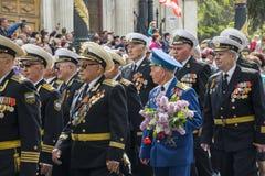 军事胜利天游行在塞瓦斯托波尔 图库摄影